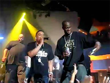 Photo of Rapper Nelly and Vince Young at Celebrity B-Day Bash in Houston