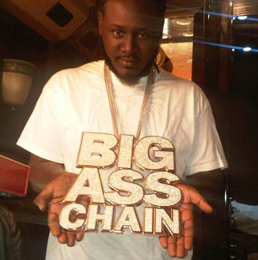 Picture of T-Pain's Big Ass Chain