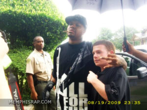 Photo of DJ Paul & Robert Douglas of MemphisRap.com at Three 6 Mafia Lil Freak Video Shoot
