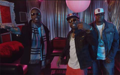 Photo - E-40 with rappers Juicy J, 2 Chainz for music video They Point