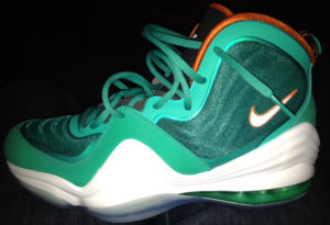 PHOTO: Nike Air Penny 5 Dolphins