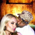 Picture of Rapper AP.9 in Vegas Photos kissing Ice-T wife Coco
