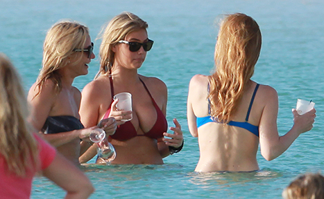 Photo of Cameron Diaz, Leslie Mann, Kate Upton