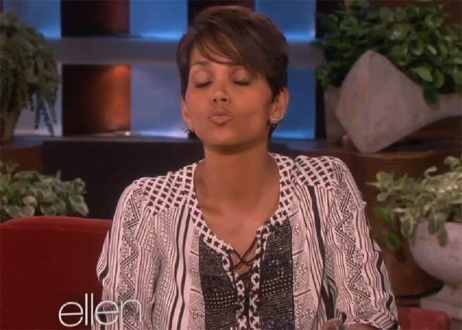Halle Berry re-enacts breastfeeding her son