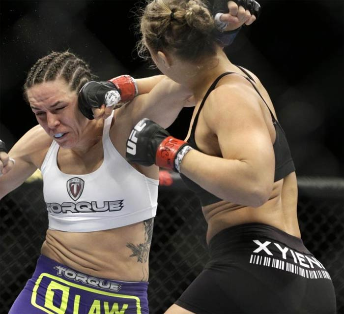 Ronda Rousey knocks out Alexis Davis UFC fight 16 seconds