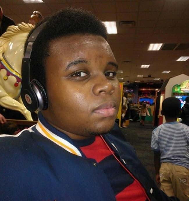Michael Brown killed by cop in St Louis Missouri