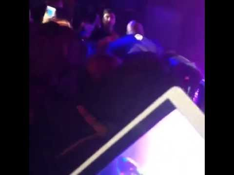 August Alsina is NOT Dead, Collapses Off Stage After Death Rumors (VIDEO)