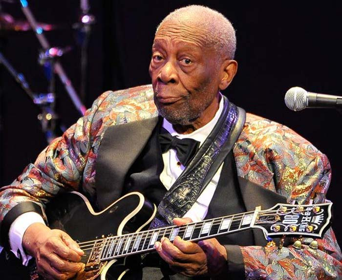 BB King on stage