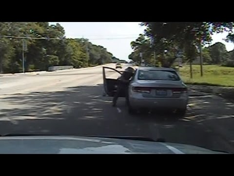 Newly Released Dashcam Video Footage Of Sandra Bland's Traffic Stop & Arrest