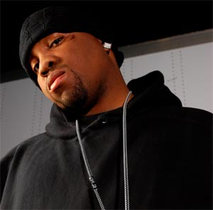 PHOTO: Mike Jones speaks about the incident with Trae at 2008 Ozone Awards