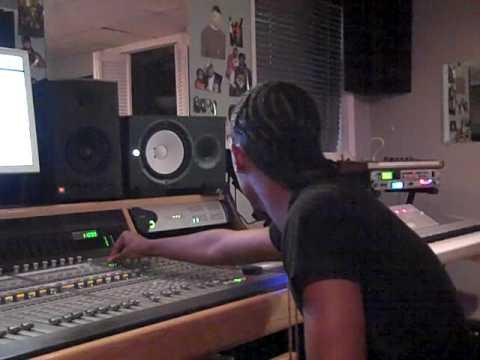 PHOTO: Trai D and Zaytoven in the Studio