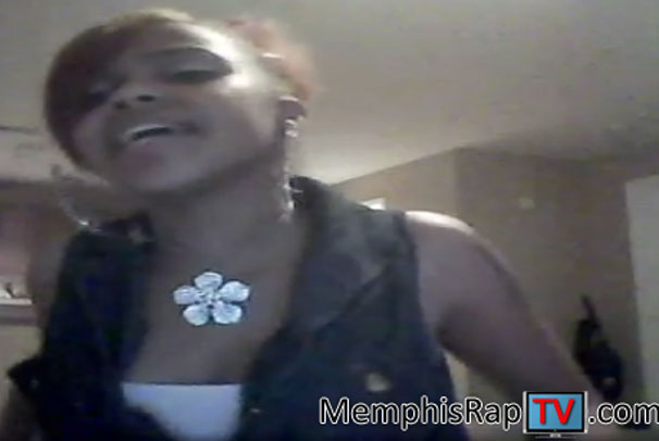 PHOTO: Rapper Lil P-Nut Sister Mel Singing Keri Hilson