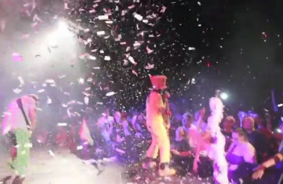 PHOTO: Muck Sticky - Party On Music Video Performance