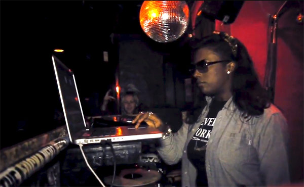 Photo of Gangsta Boo DJing at Lit Lounge in NYC