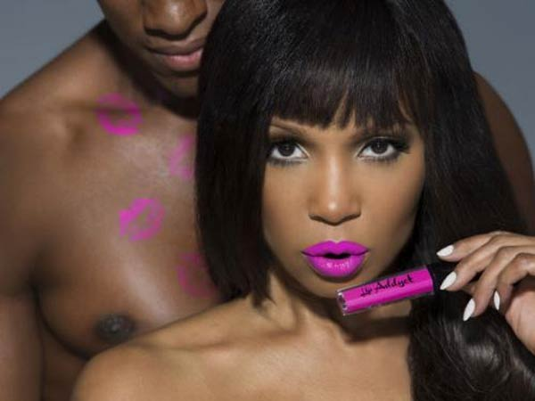 Elise Neal - Lip Addyct Spokes Model