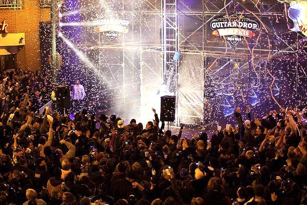 Memphis New Years Eve 2013 Guitar Drop Beale St