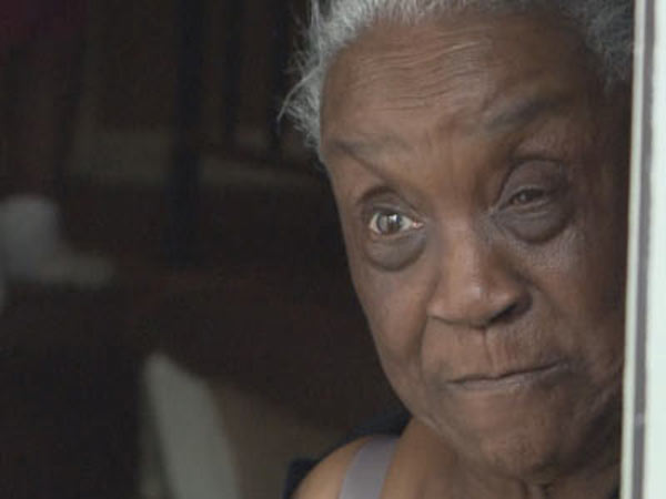 Memphis Grandma Rosie Pate Jailed For Asking 911 for Beer