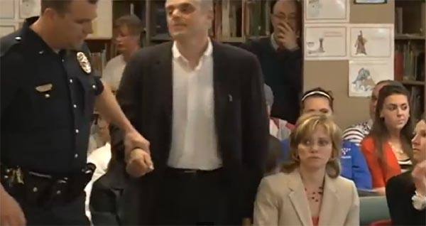 WIlliam Baer arrested for speaking out about book required for students in New Hampshire