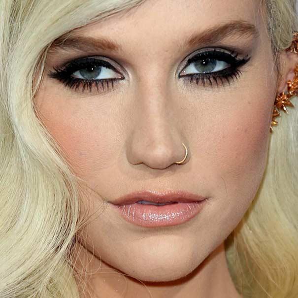 Kesha singer