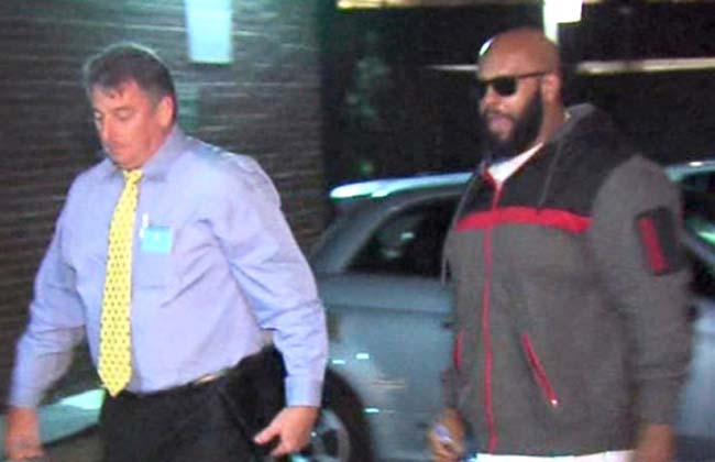 Suge Knight turns self in after hit and run